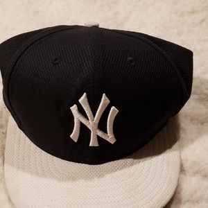 New York Yankee Fitted Cap